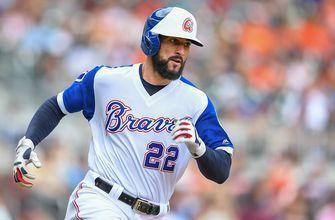 Braves re-sign Nick Markakis to 1-year contract with 2020 club option