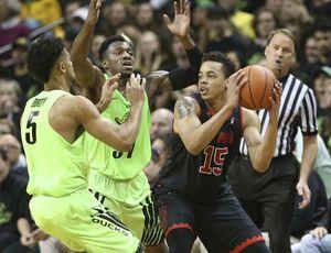 Brooks has 20 points and No. 7 Oregon beats Utah 79-61