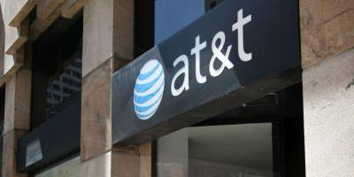 AT&T becomes the latest to offer an unlimited data plan