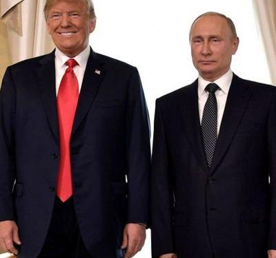 Trump & Putin's Body Language During Their Presser Said A Lot More Than Their Words