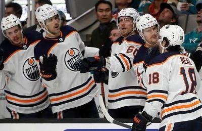 McDavid collects 3 more points to help Oilers open road trip by beating Sharks