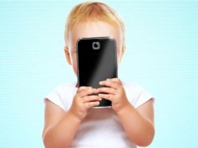 Screened Out Documentary Trailer Explores the Dark Side of Smartphone Addiction