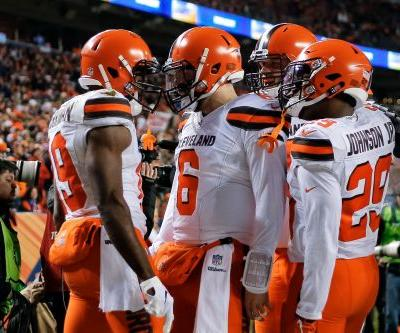 Baker Mayfield, Browns put Broncos' playoff hopes on life support