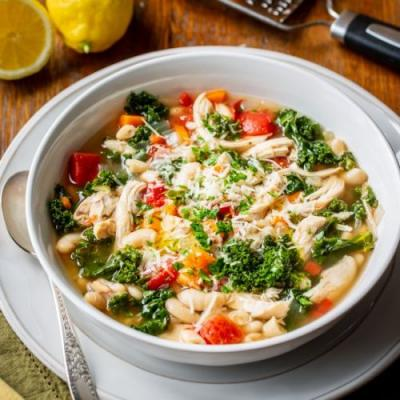 Slow-Cooker Chicken White Bean Soup