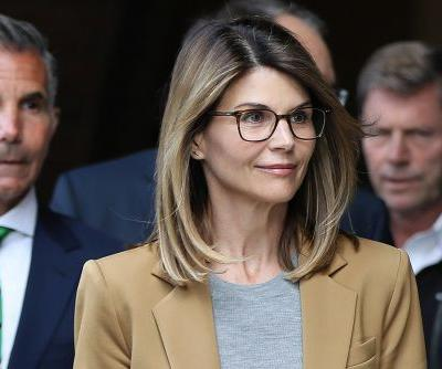 Lori Loughlin 'obsessing over' legal docs in college admissions case