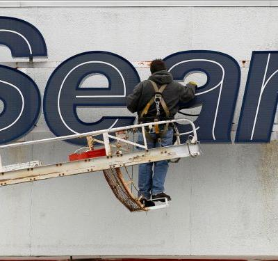 Sears and Kmart employees aren't necessarily out of luck when it comes to receiving severance -but it all depends on timing