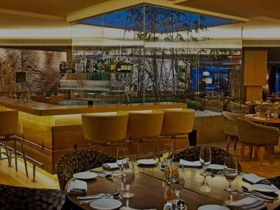 Iranian fine dining arrives in Delhi at Set'z