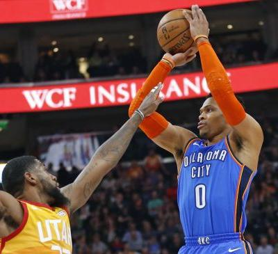 Russell Westbrook has heated exchange with Jazz fans during Monday's game