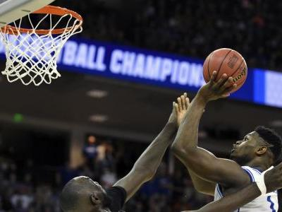 Williamson, Duke survive UCF's late misses, reach Sweet 16