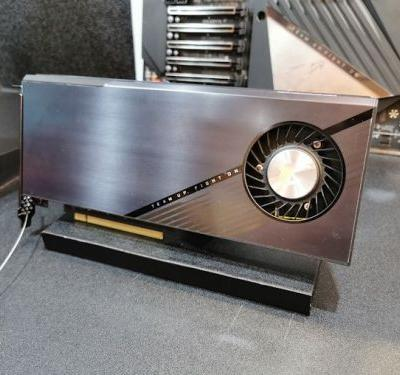 GIGABYTE Shows PCIe 4.0 x16 Four-Way M.2 PCIe Add-In Card