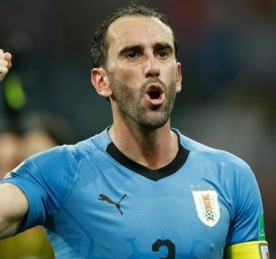 Man Utd bid for Godin rejected as defender closes in on new Atletico Madrid deal