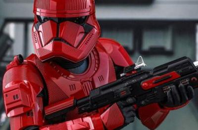 Sith Trooper Revealed in Rise of Skywalker Comic-Con
