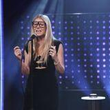 Yeouch! Gwyneth Paltrow Belted Some Ariana Grande, Before Getting Sprayed in the Face
