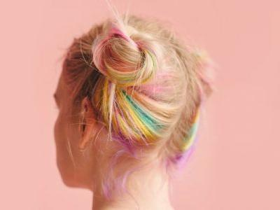 How To Remove Hair Dye From Skin: A Celebrity Colorist Offers His 4 Tips