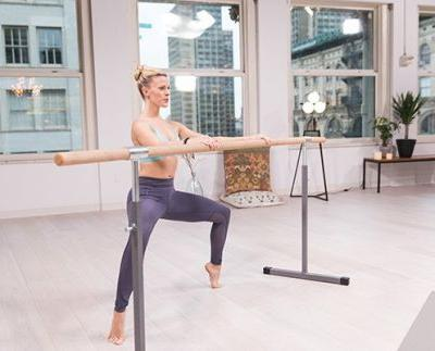 30-Minute Barre Workout to Tone Up Your Thighs