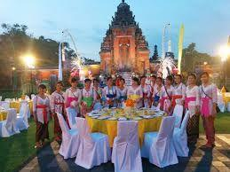 Wedding tourism representatives have started promoting China & Indonesia