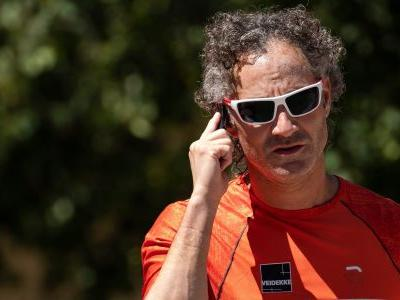 The CEO of Reddit darling Palantir was the highest paid chief executive of a public company last year
