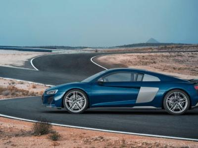 Audi's Latest R8 Blends Convention with Tradition