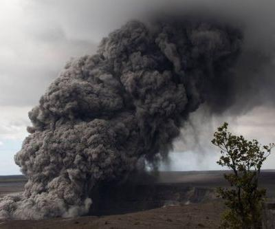 Hawaii's erupting volcano is still going, and now it's a threat to passing planes too