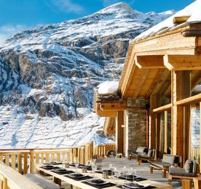 A 7-bedroom Swiss cabin has been named the world's best ski chalet for 2 years in a row - and an inside tour quickly proves why