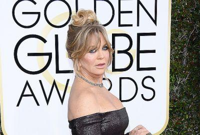 Goldie Hawn Just Won the Golden Globes With This Age-Defying Look