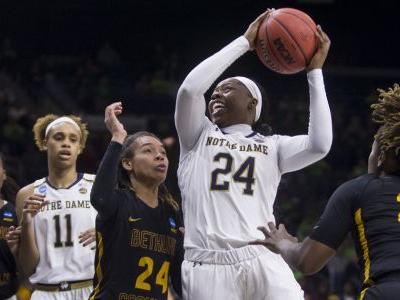 Notre Dame cruises to opening round win
