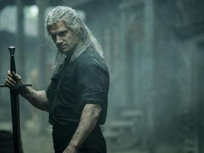 Henry Cavill Talks About The Swords THE WITCHER and Explains Everything You Need To Know