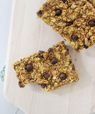 Chewy Baked Pumpkin Bars
