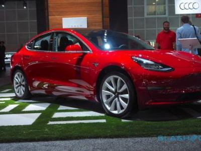 Tesla Model 3 brake controversy loses EV a key recommendation