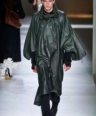 "Bottega Veneta Presents Cool and Comfortable ""Clothes To Live In"" at Milan Fashion Week"