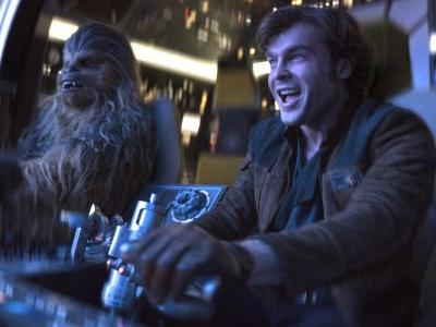 A legendary 'Star Wars' actor has a brief cameo in 'Solo' and you probably missed it
