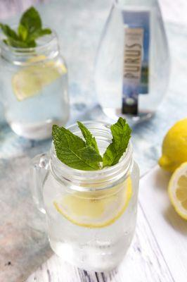 Easy Spiked Lemon Aid