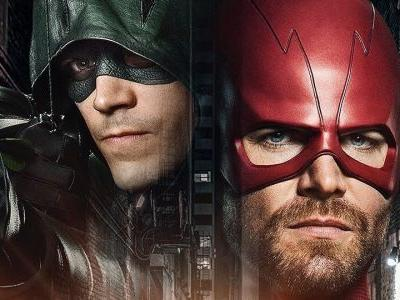 Arrowverse Crossover Set Photos Reveal Stephen Amell In Full Flash Costume