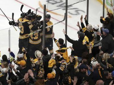 Bruins beat Maple Leafs in Game 7, advance to second round