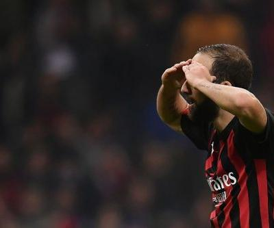 'We're not robots': Higuain misses penalty, sees red as Juve outclass AC Milan
