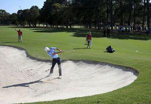 Spieth falls further from the lead at the Australian Open