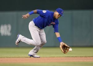 Suspended shortstop Russell offered 2019 contract by Cubs