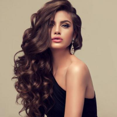 How To Get The Look - Voluminous Glamour Curls