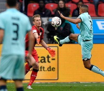 Leverkusen gets 1st Bundesliga win after losing opening 3