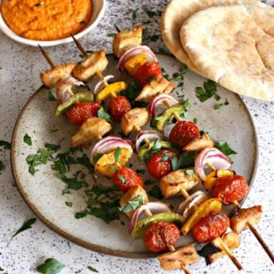 Grilled Chicken Skewers with Sauce