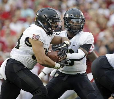 Lockheed Martin Armed Forces Bowl Preview: Houston vs. Army