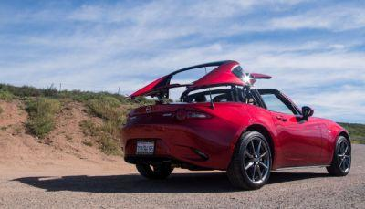 There's One Big Difference Between Driving A Mazda Miata And A Miata RF