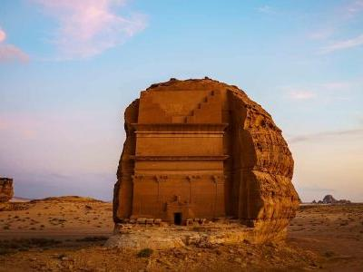 Full travel guide to AlUla