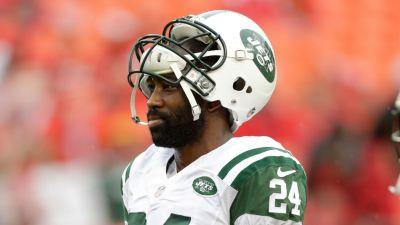 Darrelle Revis turns himself into Pittsburgh police