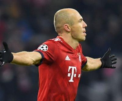 Bayern rout Benfica to reach last 16, ease pressure on Kovac