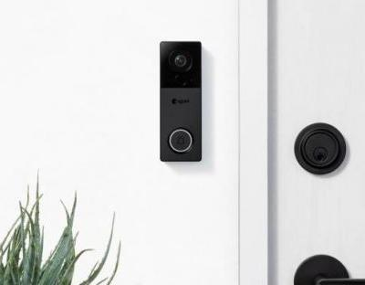 August View doorbell camera ditches the wires, embraces QHD video