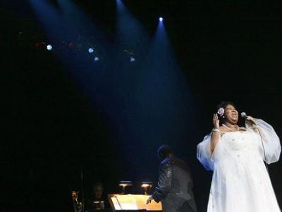 We Still Can't Comprehend The Power Of Aretha Franklin's Voice