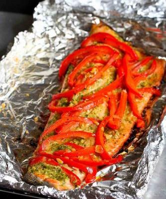 Grilled Pesto Salmon Recipe in Foil