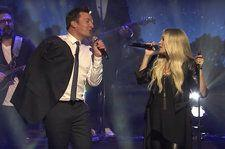 Carrie Underwood & Jimmy Fallon Team Up for Impromptu Duet of 'Islands in the Stream': Watch