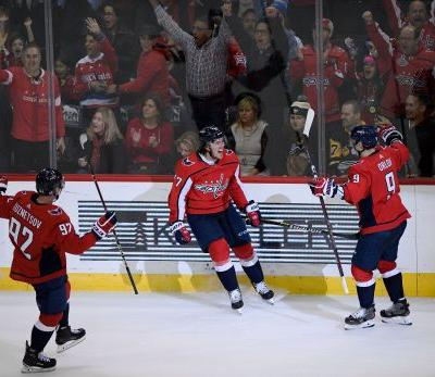 After shot to head from Malkin, Oshie lifts Caps over Pens